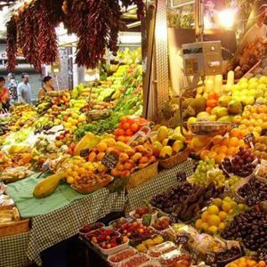 Рынки Лениградской